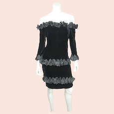Vintage 1980s Yves Saint Laurent Dress in Black Velvet with Ruffles Size M