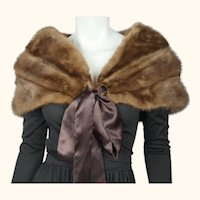 Vintage 1950s 60s Mink Fur Stole Shrug w Ribbon Tie Closure Pastel Brown Size M
