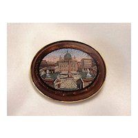 Roman Micro Mosaic brooch of finest quality set in 14k yellow gold