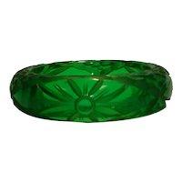 Beautifully Carved Emerald Green Prystal Bakelite Bangle Bracelet