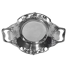 Liberty Arts and Crafts Tudric Pewter Dish 0287, Liberty & Co, English, circa 1903