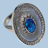 Mother-of-Pearl 18K Topaz Diamond Ring