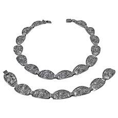 Scandinavian Sterling Necklace and Bracelet Munksgaard Denmark 20th century