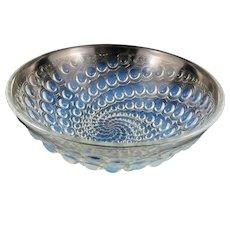 "Rene Lalique ""Volutes"" pattern opalescent glass bowl C.1934"