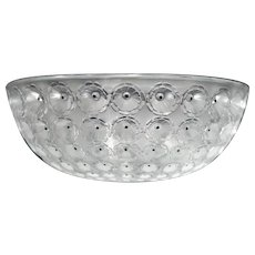 """Lalique """"Nemours"""" Bowl designed in 1929 by René Lalique in clear and frosted glass, C.1980"""