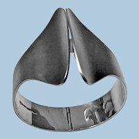 Kaunis Koru Sterling Silver hinged Bangle Bracelet Finland 1972