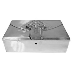 Jugendstil Nouveau Secessionist Silver plate Box, WMF Germany C.1906
