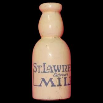Sewing Kit St. Lawrence Milk Bottle