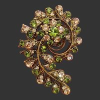 Exquisite Paisley Design Green & Pale Peach Paste Stones Vintage Brooch / Pendant !