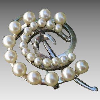 "Beautiful Japanese 1.8"" Akoya Cultured Pearls & Leaves Sterling Brooch / Pendant, 1950's - 60's"