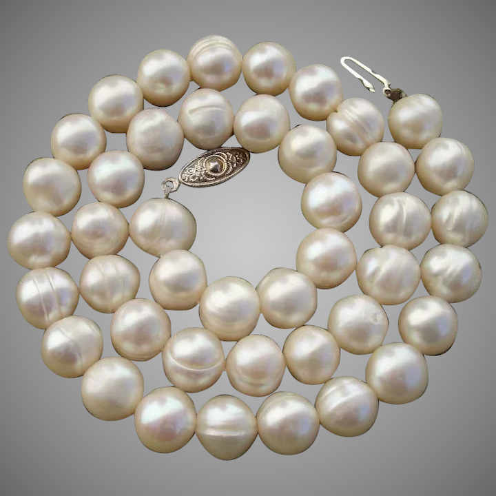 Big Beautiful 10 4mm Ivory White Cultured Pearls 17 5 Necklace