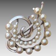 "Beautiful Japanese 1.8"" Akoya Cultured Pearls & Leaves Sterling Brooch / Pendant, 1950's"