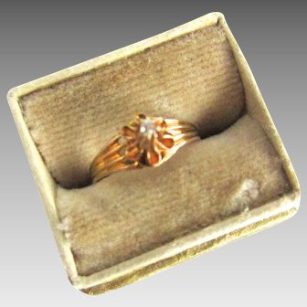 Edwardian 10K Gold Diamond Buttercup Baby Ring Midi size 2