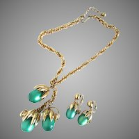 Green Moonglow Napier Kumquat Demi Parure Necklace earrings