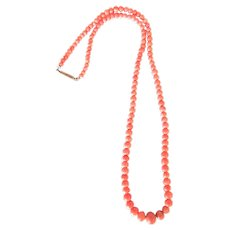 Graduated Edwardian Coral Bead Necklace