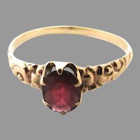 14K Gold Victorian Chased Garnet Ring