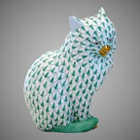 Herend Porcelain Large Fishnet Cat