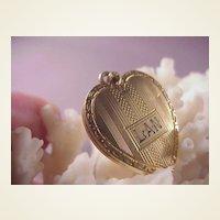 Pretty Vintage G.F. Heart Locket/LAN