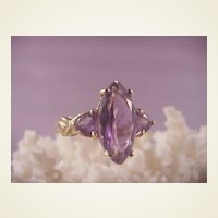 Pretty 10k  Marquis shaped Amethyst Ring /2 side stones/size 7 1/4