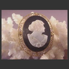 Vintage 14k Filigree Cameo/Onyx/Shell Pin