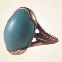 14k Oval Turquoise Ring