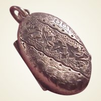Victorian GF Chased Oval Locket
