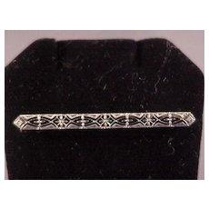 Vintage 14k Filigree Bar Pin/White Gold