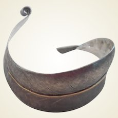 Stylish Vintage Sterling Leaf/Feather Cuff Bracelet