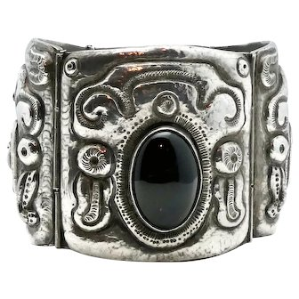 Huge P. Ochoa Mexican Onyx Sterling Silver Repoussé Bracelet