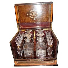 TANTALUS CAVE A LIQUEUR 4 decanters 16 glasses, wonderful marquetry, circa 1870