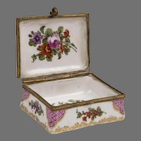 19th C. Sceaux Enamel Hand Painted Snuff Box