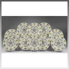 Set of 10 Royal Worcester Dinner Plates
