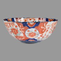 Meiji Period Japanese Imari Center Bowl