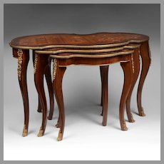 Set Of Three Louis XV Low Nesting Table With Inlaid Tops