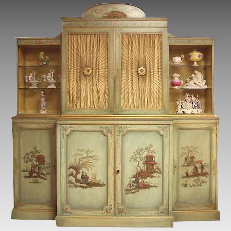 Mid 20th C. China Cabinet Painted in the Chinoiserie Style - Mid 20th C. China Cabinet Painted In The Chinoiserie Style : Pia's