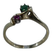 14K Emerald Ruby Bypass Ring Sz 6 3/4