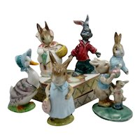 Collection 6 Beatrix Potter Porcelain Figures + Box