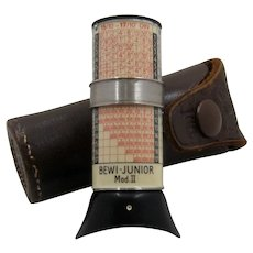 Ca 1930 German Bewi Junior Light Meter in Case