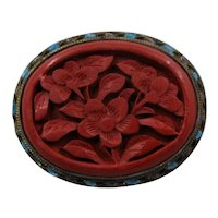 Chinese Carved Cinnabar Flowers Enamel Vermeil Pin Mid 1900s