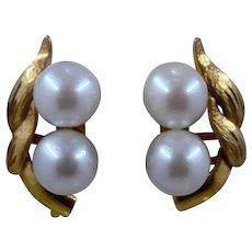 Ca 1950s 14K Double Pearl Leaves Earrings Screwback