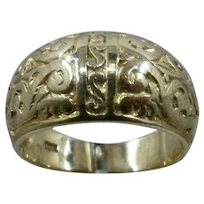 10K YG Domed Carved Scrolls Foliage Ring Sz 7