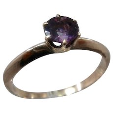 14K Amethyst Solitaire Ring Sz 5