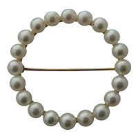 14K Circle Pin w/ Akoya Pearls Ca 1940s