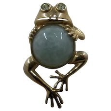 10K Jade Belly Frog Pin Pendant Peridot Eyes