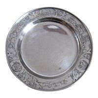 Ca 1910 Kerr Sterling Child's Plate Embossed Animals