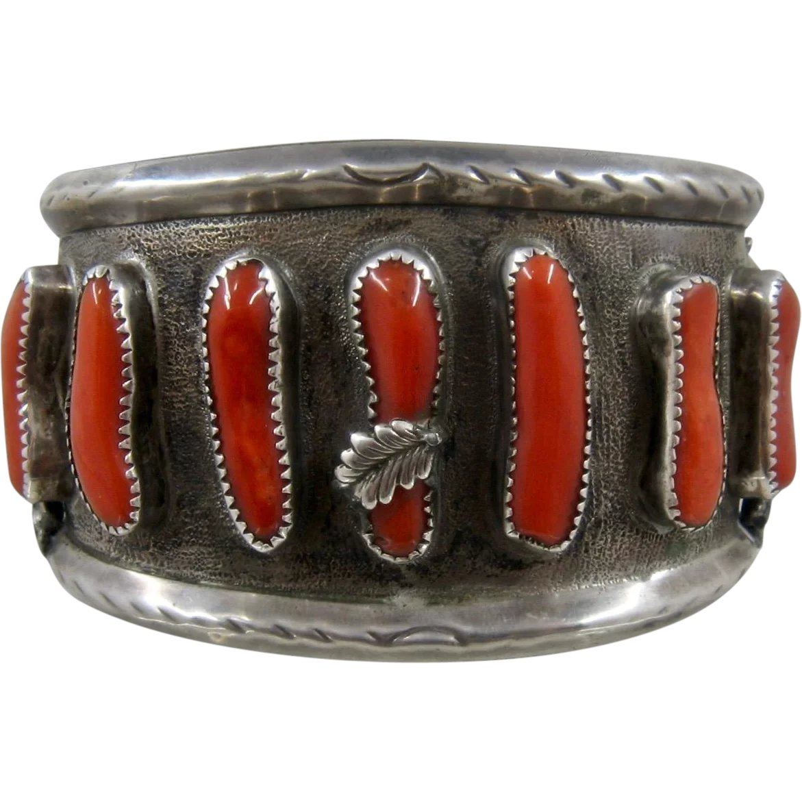 1970 BAYANIHAN sterling LINK 7 14 BRACELET Collectible Modernist designer ca heavy chunky recognizable quality vintage. 1  wide