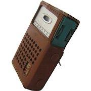 Ca 1963 Magnavox Transistor Radio Turquoise w/ Case