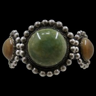 a 1940 Huge Mexican Silver w/Agates Cuff Bracelet Sz 8