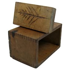 Antique Hardwood Dovetailed Butter Mold w/ Print of Tree