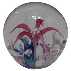 Vintage Ravenna American Lily & Bubble Trumpet Flowers Paperweight